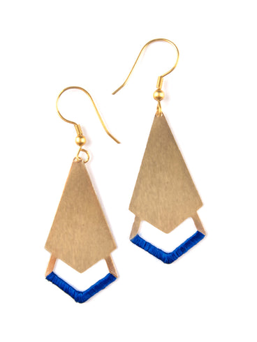 Threaded Arrow Earrings Gold