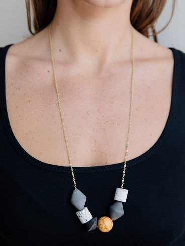 Geoblock Beaded Necklace Smoke