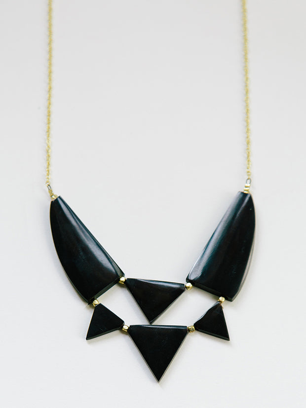 Azzizi Necklace Black