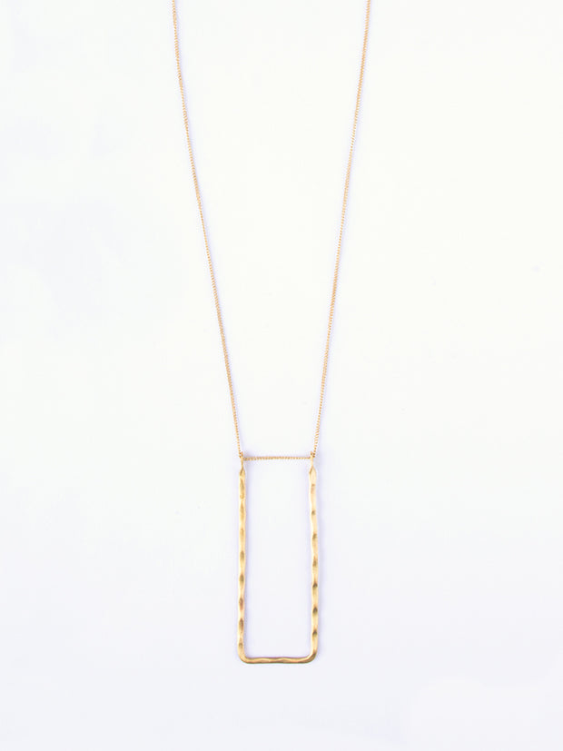 Delicate Frame Necklace Gold