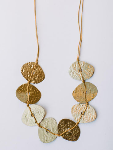 Hammered Oval Necklace Gold