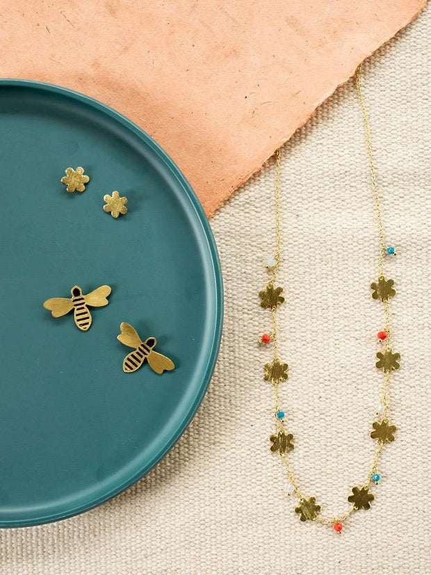 Petite Flower Necklace Gold