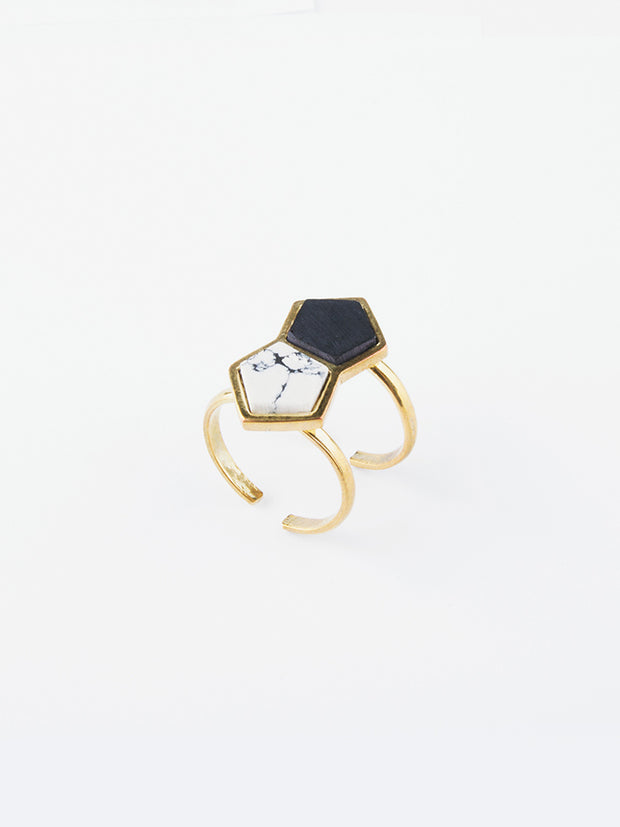 Angled Polygon Ring Black