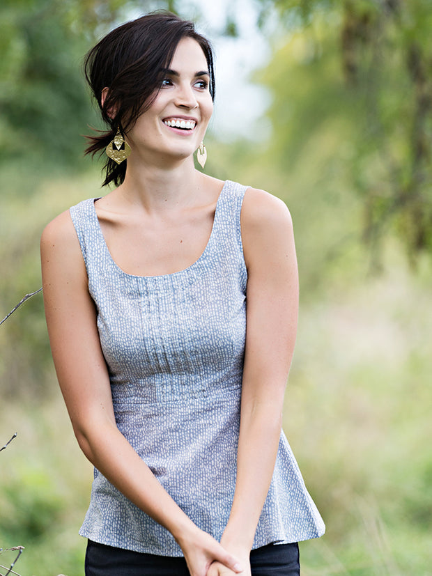 Prim And Pleat Tank Grey