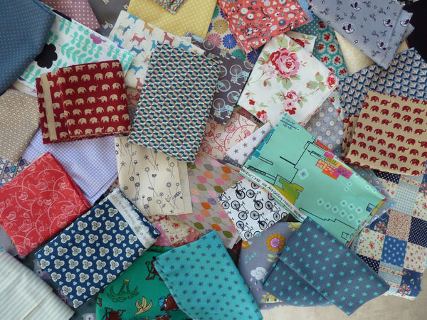 Patchwork Fabric Scraps Offcuts Material Remnants 100% Cotton Mixed Joblot - Bob Bob Bobbin - All Things Fabric