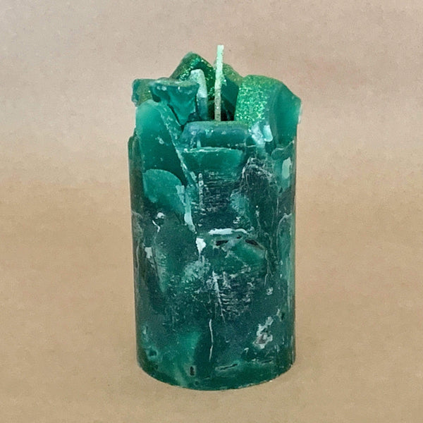 Crackling Pine Scented Pillar Candle