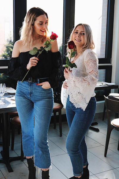 friends-rose-valentine-day-outfits-casual-dates-minkpink
