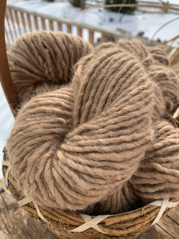 Lopi au naturale - Yarn - Custom Milled 100% Alpaca - Green Gable Alpacas