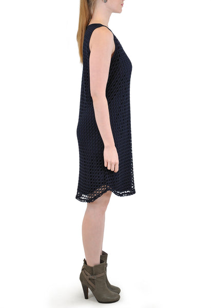 SLEEVELESS  KEYHOLE CROCHET DRESS