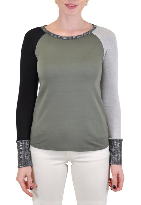 CREW NECK TOP  WITH CROCHET SIDE TRIM