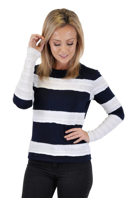 V NECK QUARTER STRIPE TRIM