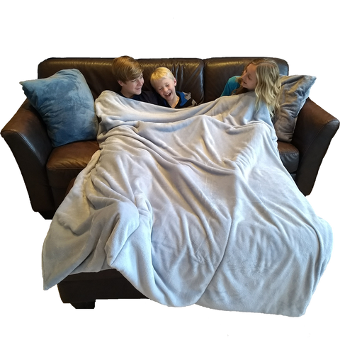 Blanket with three kids