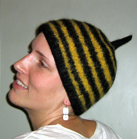 Bee Butt Hat