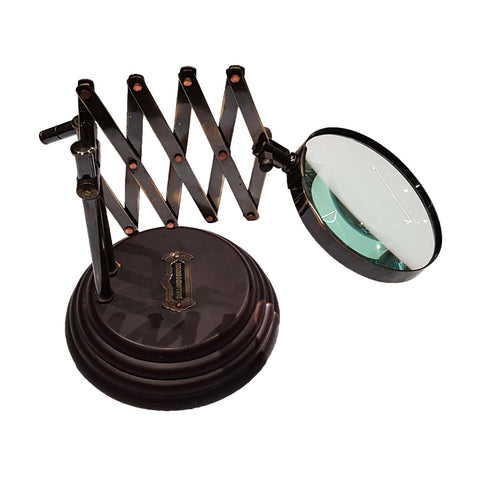 Magnifying Glass On Stand With Extendable Arm