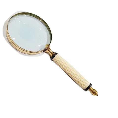 White Handle Magnifying Glass With Criss Cross Pattern-The Best Handy Crafts