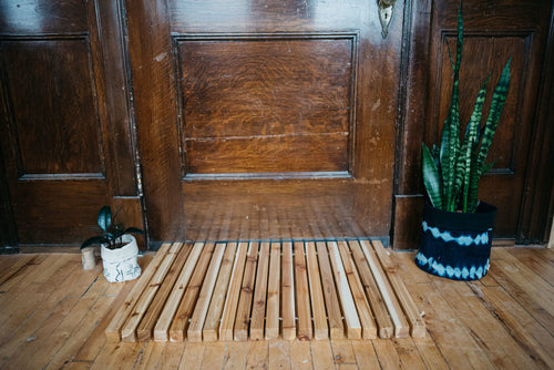 WELCOME MAT Cedar Wood