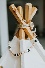 PATTERN MONOCHROME  Scandinavian Bead Garland