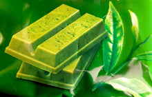 Japanese Kit Kat Premium Matcha Green Tea Whole Tea Leaf 13 Mini Bars