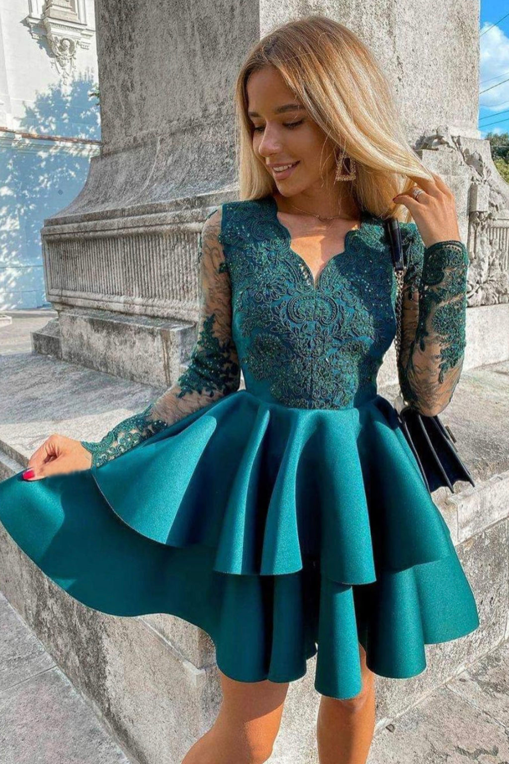Green v neck lace short prom dress homecoming dress
