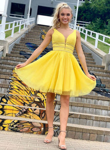 Yellow v neck tulle short prom dress, cocktail dress