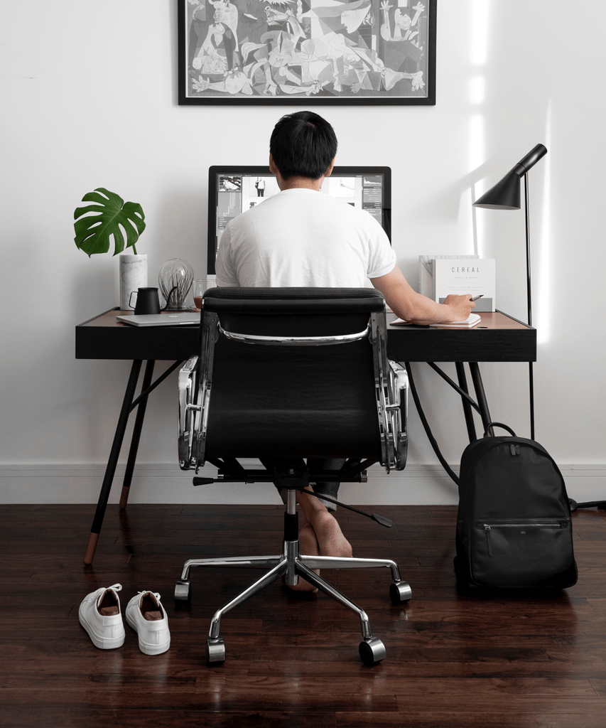 How To Set Up Your Ergonomic Office Desk