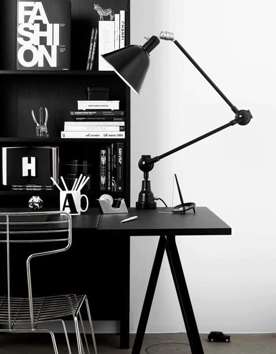 how-to-optimize-your-office-desk-setup-ergonomic-height