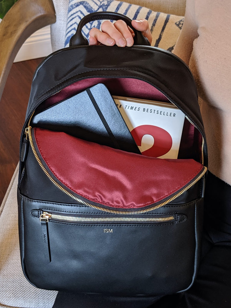 freelancer-whats-in-my-bag-ism-backpack