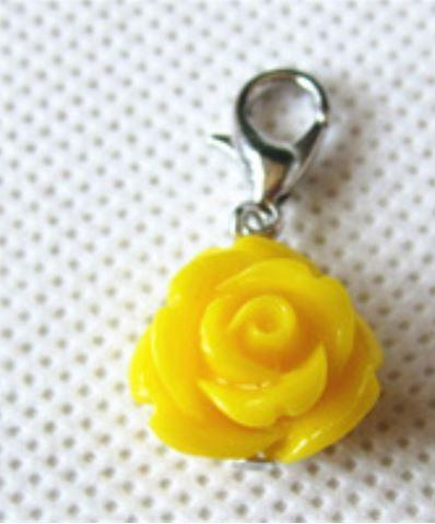 Rose Yellow Pendant Tag