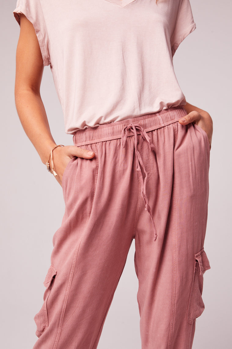 Chill Out Mauve Cargo Pant Close