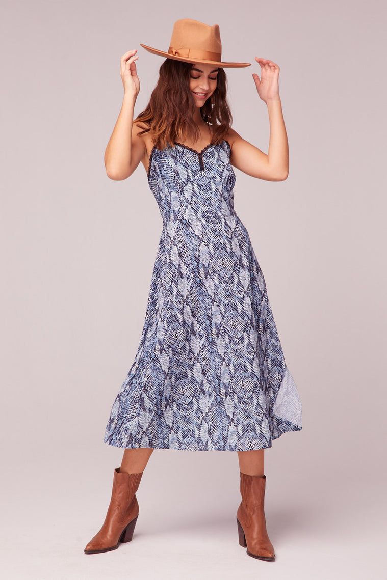 LA. Women Blue Snake Print Midi Dress Master