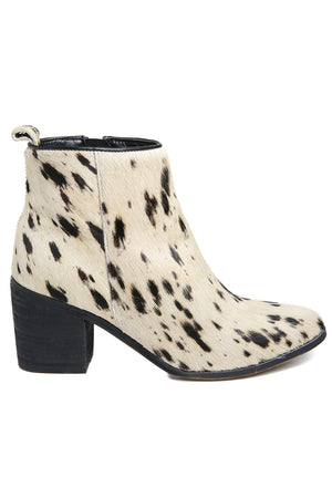 Rodeo Spotted Off-White Cowhair Boots Side