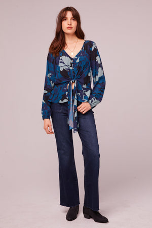 Sycamore Ave Sapphire Floral Tie Top Detaiil