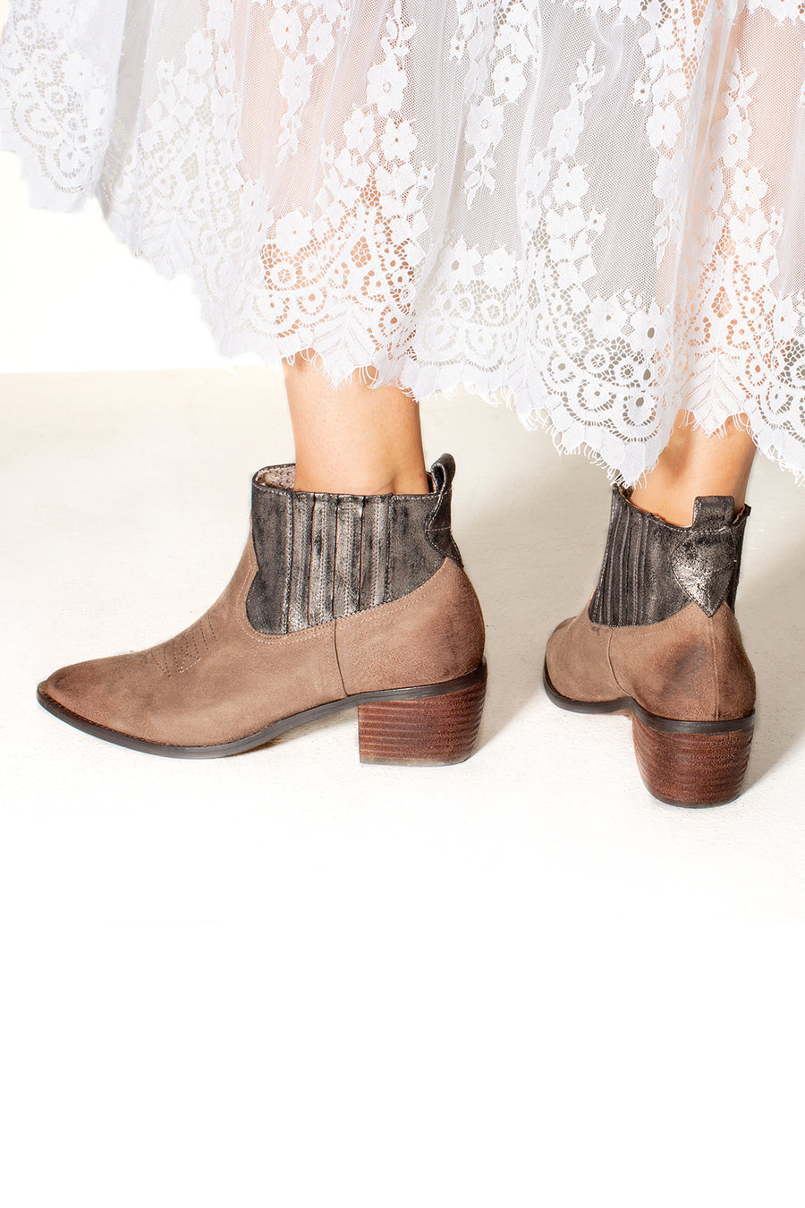 Borderline Micro Cow Suede Taupe Booties