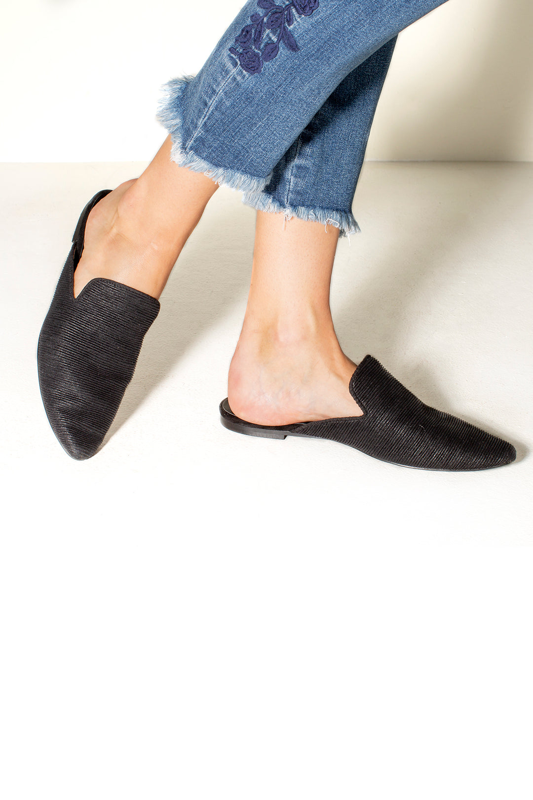 Landslide Flat Micro Pleat Mules Black