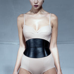 0770 Mélissa leather corset belt