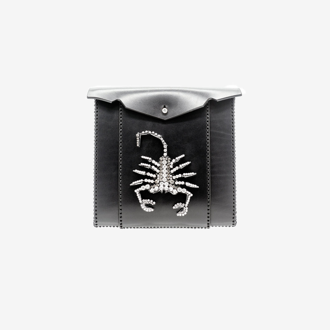 0770 Nut scorpion leather clutch