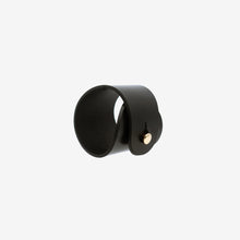 Load image into Gallery viewer, Rea leather cuff