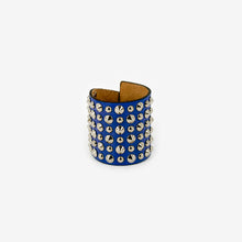 Load image into Gallery viewer, C69SS21 leather cuff