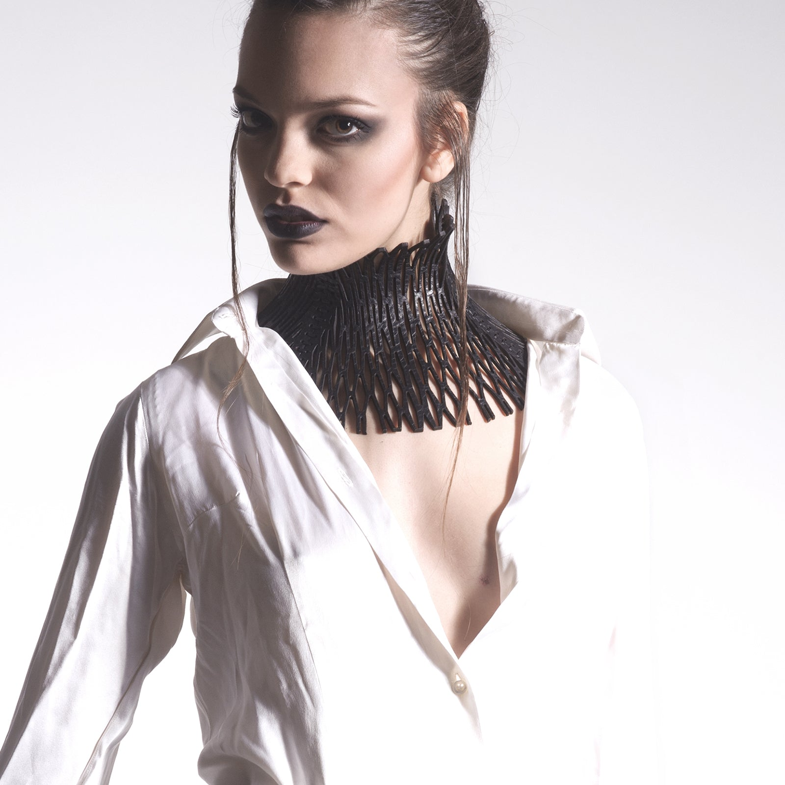 N14 Black leather neckpiece - 0770shop