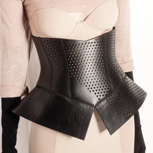0770 Pettycoat lasered leather corset