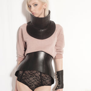 0770 Hug leather corset belt