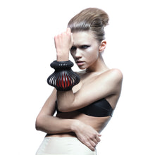Load image into Gallery viewer, 0770 Séraphine leather bangle cuff