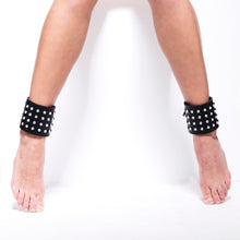 Load image into Gallery viewer, 0770 Star cystal leather anklet