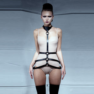 0770 Roxane leather harness