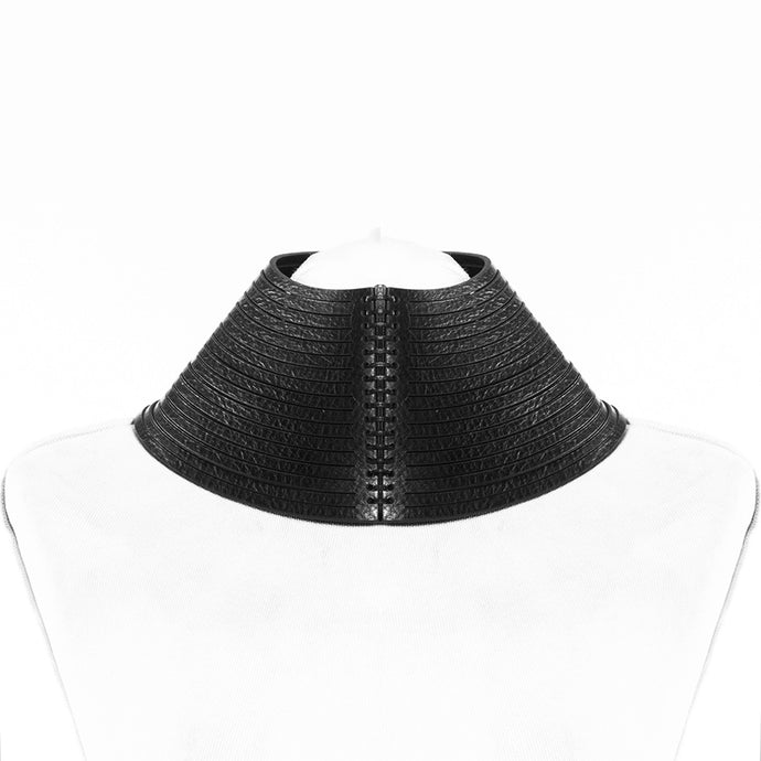 0770 Simonne leather neckpiece
