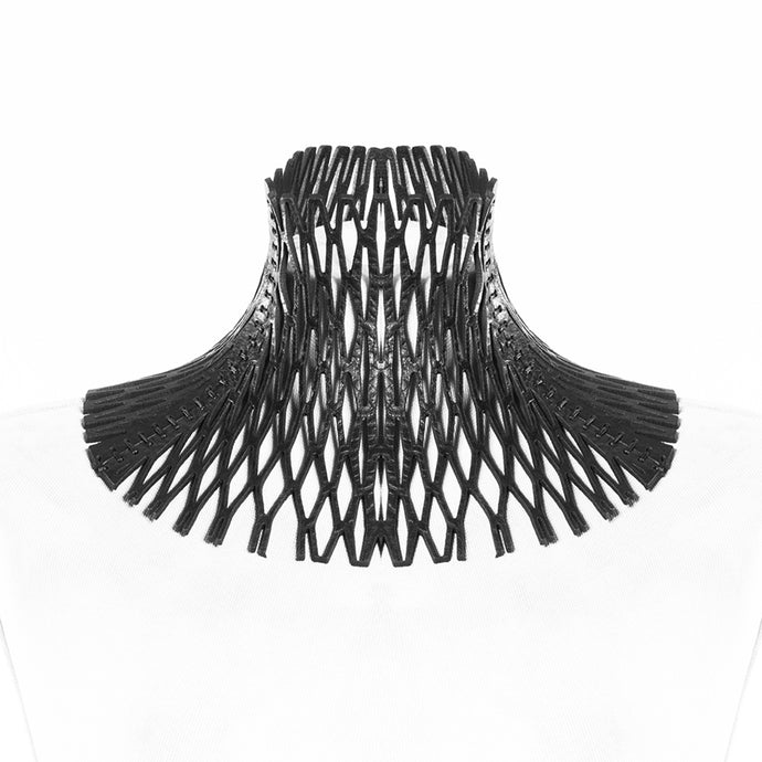 0770 Yolande lasered net leather neckpiece