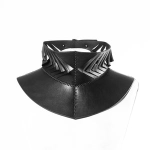 0770 Beetle leather neckpiece