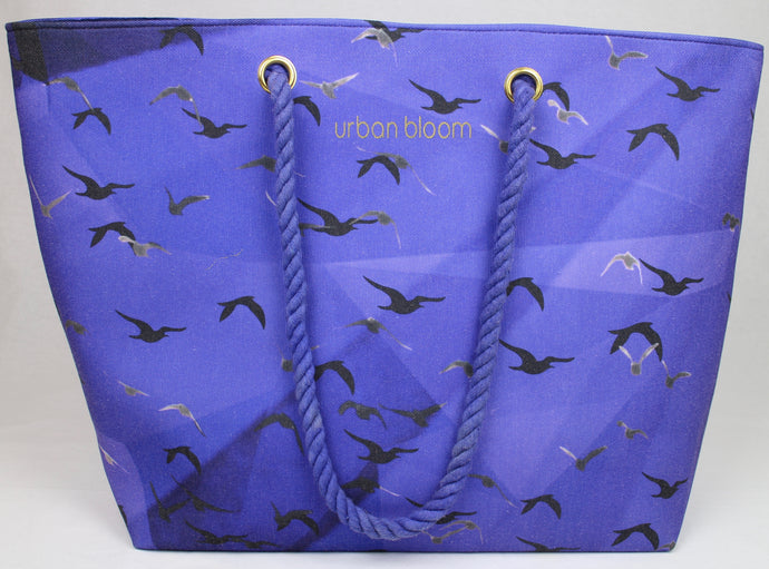 The blue beach bag