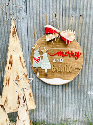 PAINTED - Merry & Bright Round Hanger - PREORDER