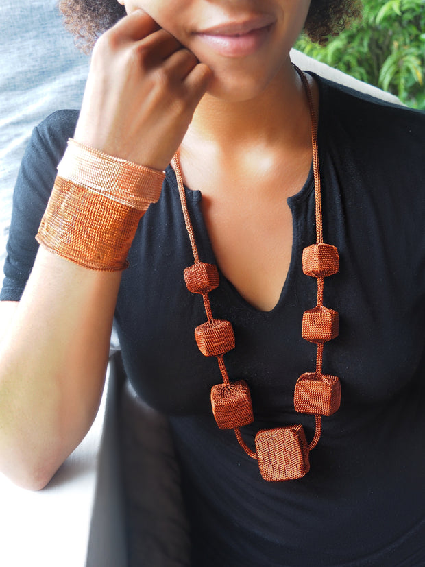 SUMBA CUBE NECKLACE